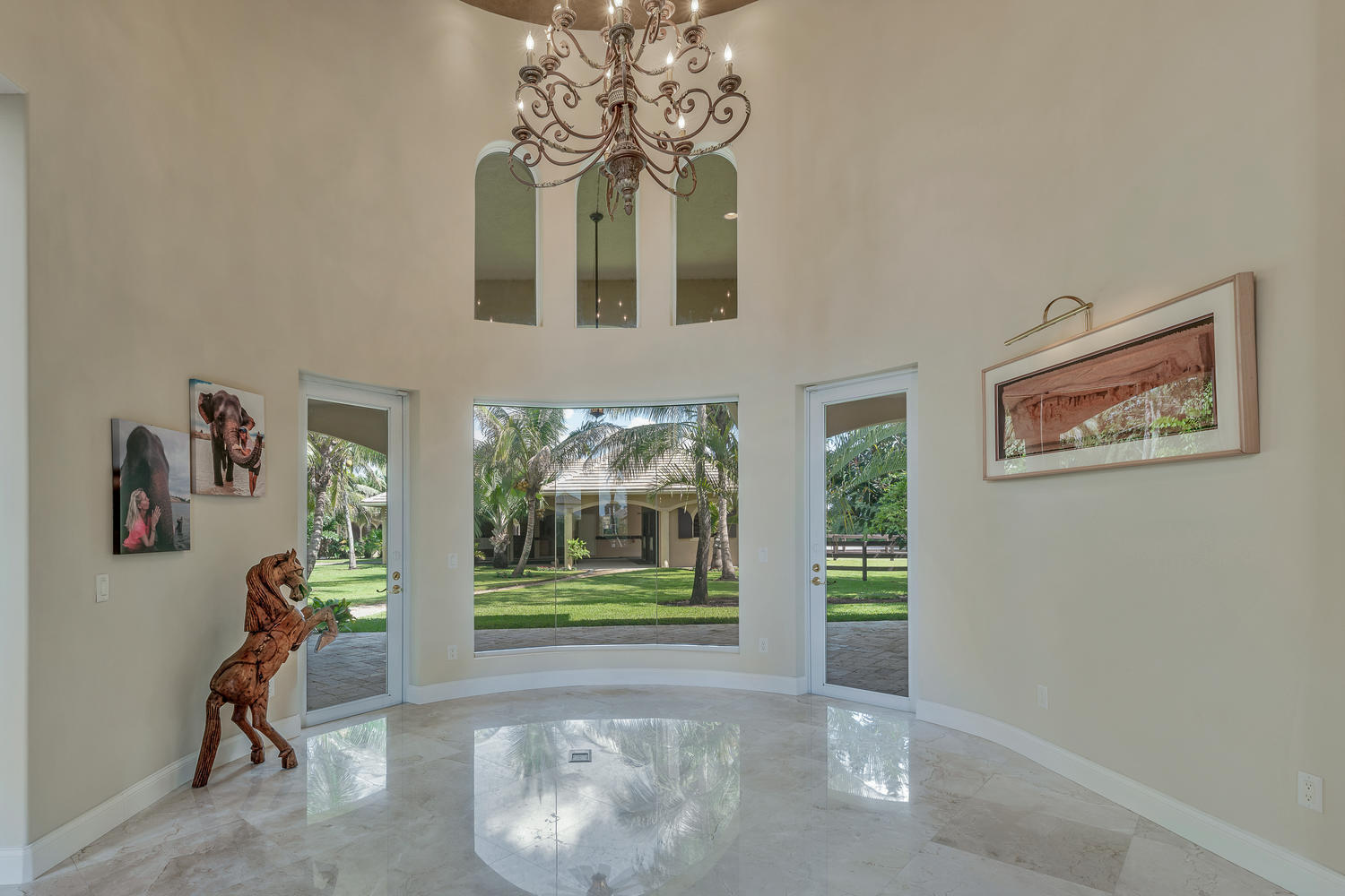 14235 Equestrian Way-large-023-71-Living