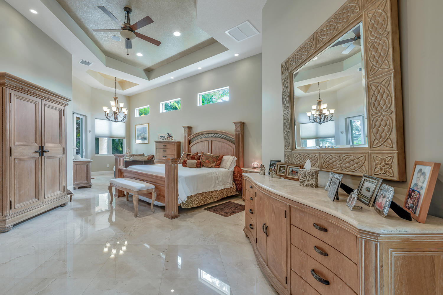 14235 Equestrian Way-large-025-18-Master