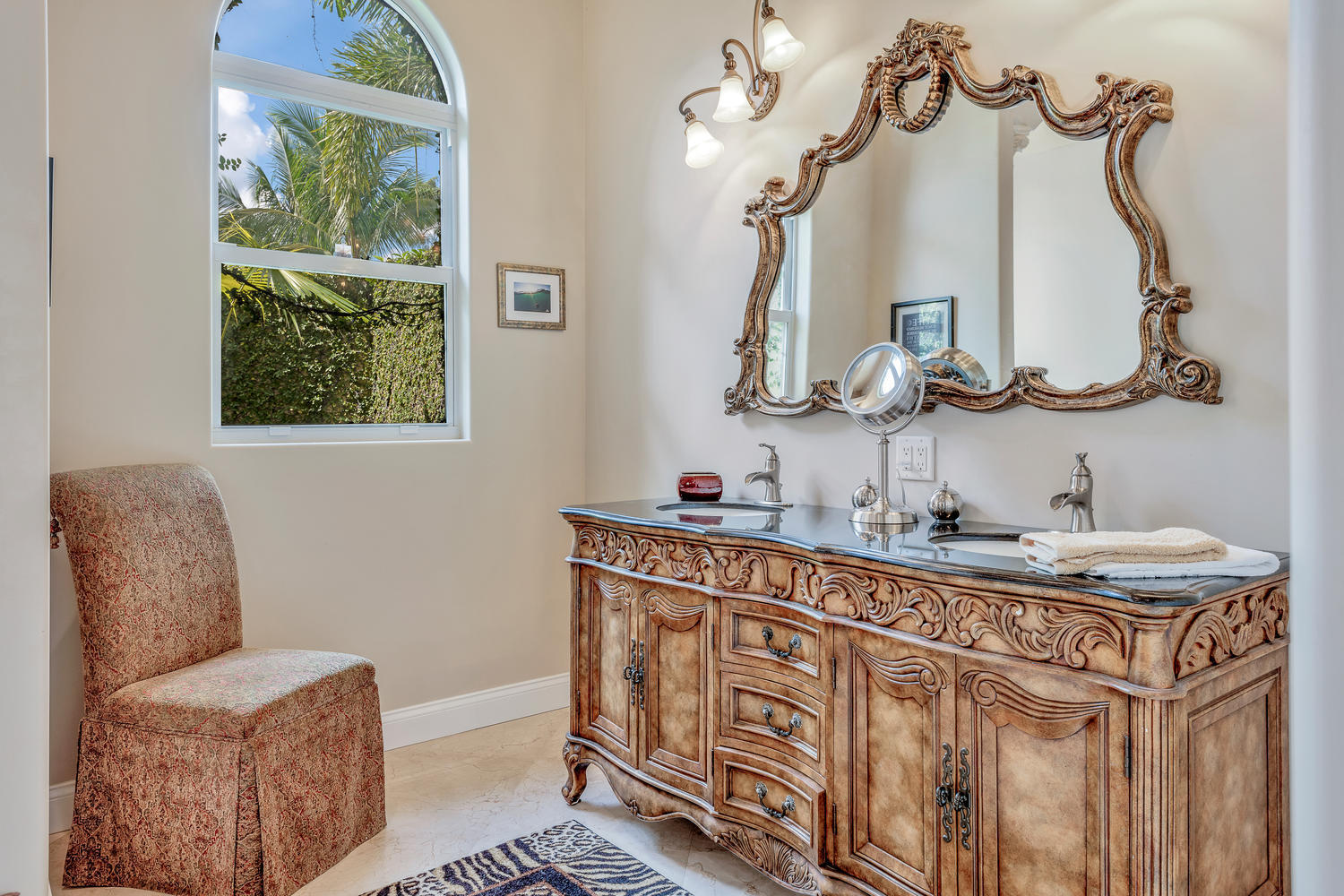 14235 Equestrian Way-large-028-43-Master