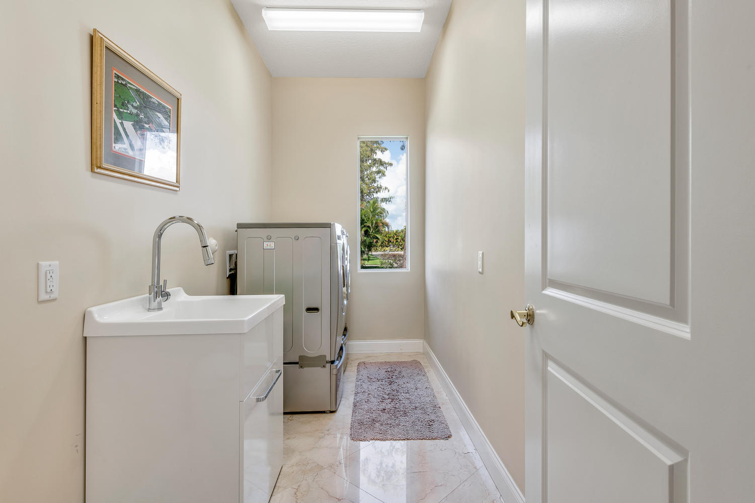 14235 Equestrian Way-large-036-1-Laundry