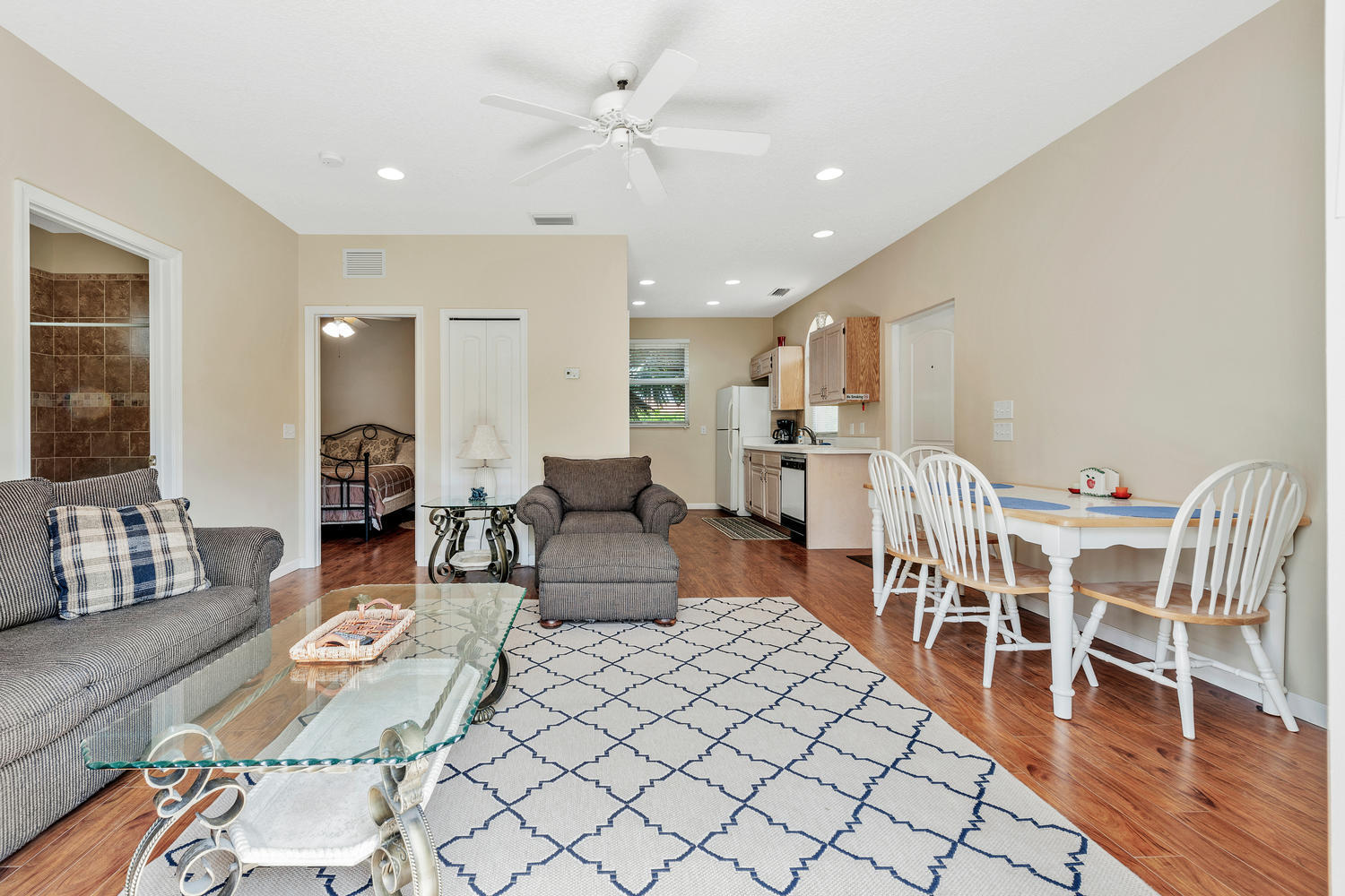 14235 Equestrian Way-large-061-56-GuestH