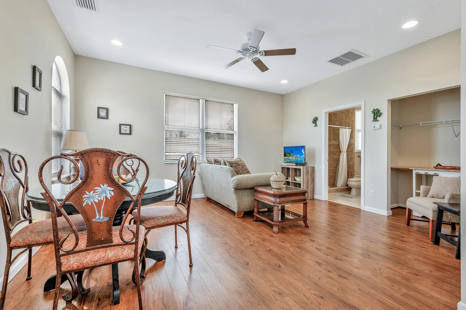 14235 Equestrian Way-large-068-62-GuestH