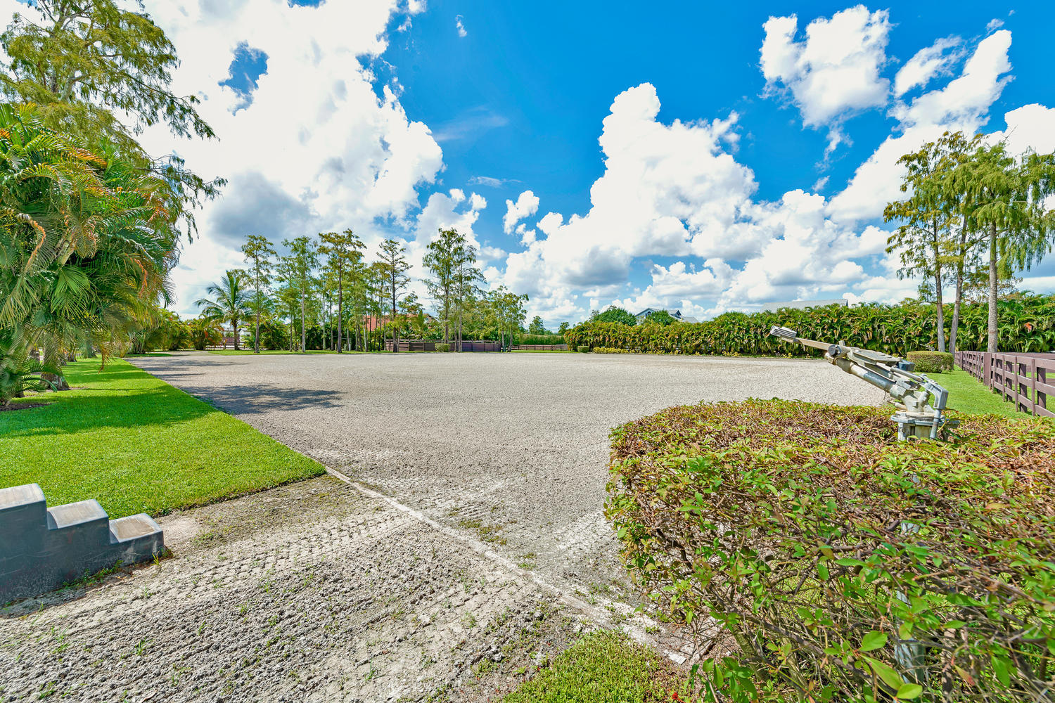 14235 Equestrian Way-large-069-66-Riding