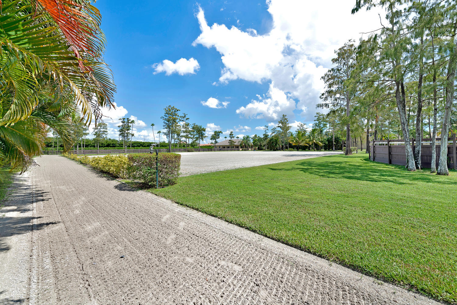 14235 Equestrian Way-large-071-64-Riding
