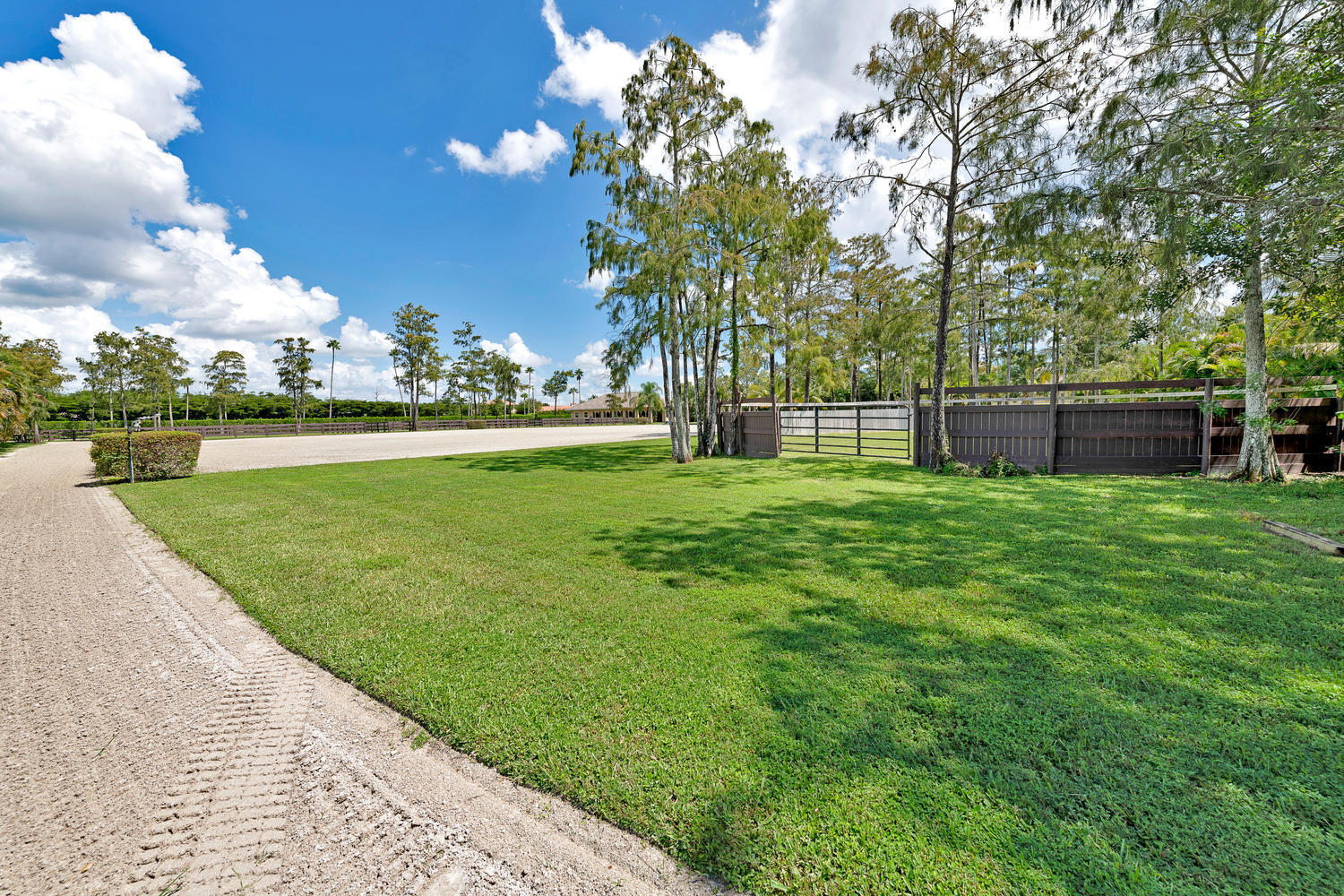 14235 Equestrian Way-large-072-68-Riding