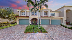 73  Landau Street  For Sale 10616030, FL