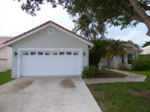 2485  Stonegate Drive  For Sale 10646061, FL