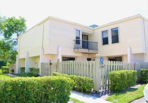 1554  Shaker Circle  For Sale 10646064, FL
