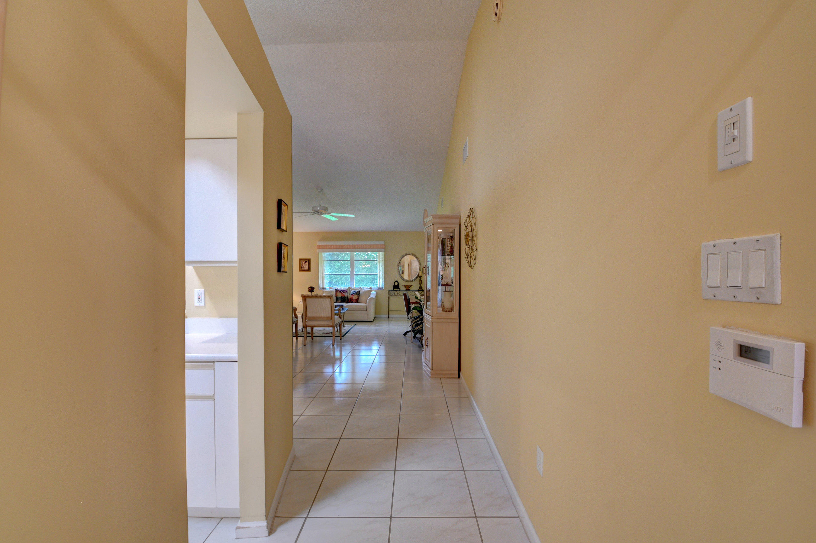 9772 Summerbrook Terrace B Boynton Beach, FL 33437 photo 2