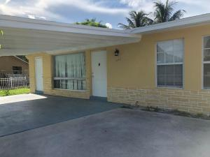 1643  44 St Th Street  For Sale 10646227, FL