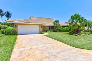 4875  Pineview Circle  For Sale 10646382, FL