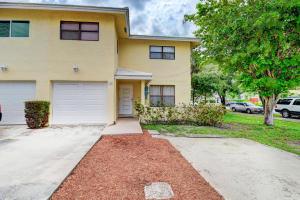 256 SW 6th Street Street  For Sale 10644800, FL