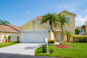 1243  Sussex Street  For Sale 10646561, FL