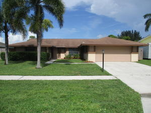 8497  Mildred Drive  For Sale 10646839, FL