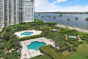 1801 S Flagler Drive 907 For Sale 10647148, FL