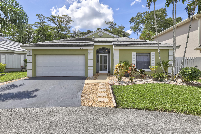 Home for sale in WINSTON PARK SEC 1 Coconut Creek Florida