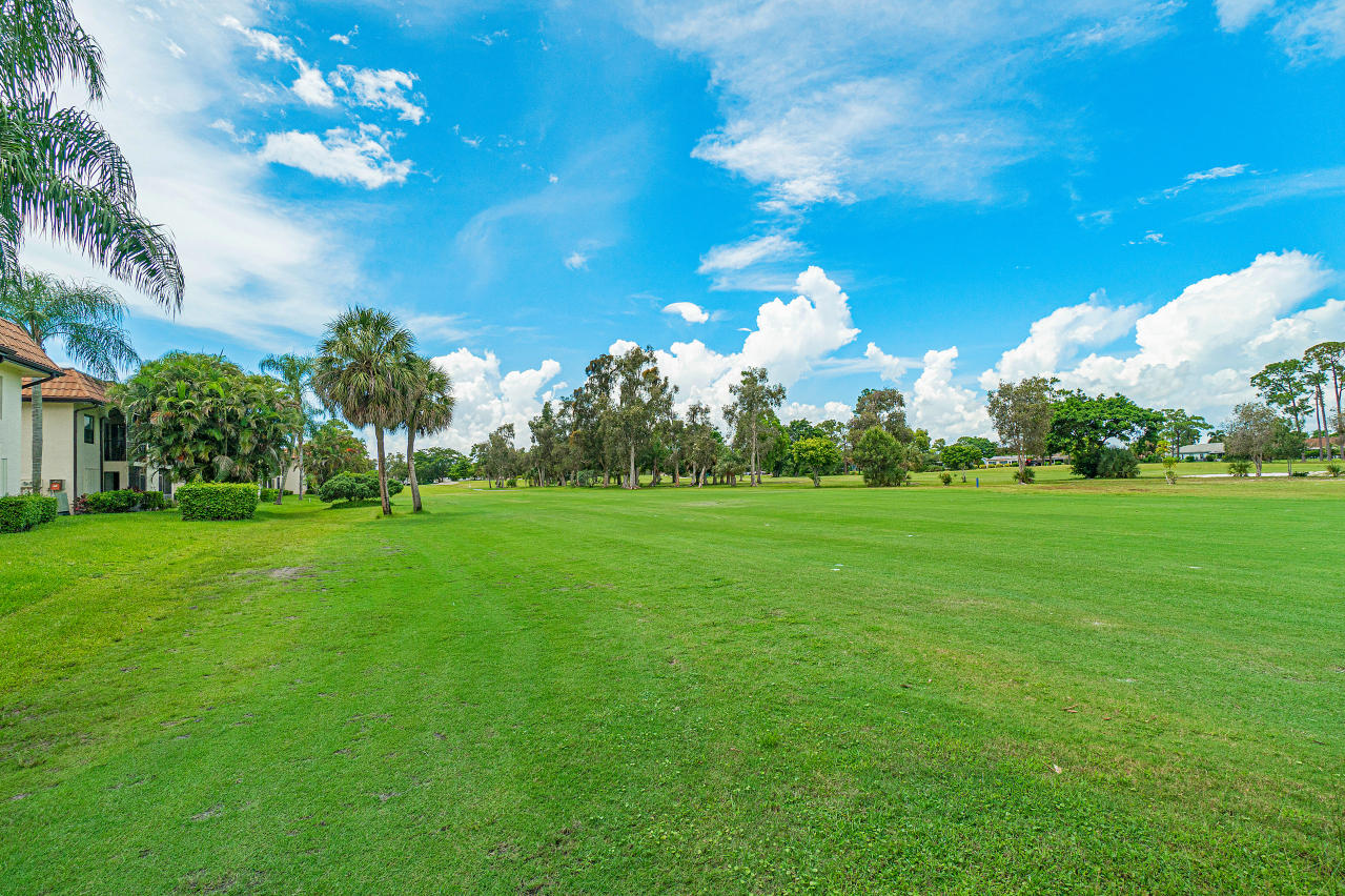 7185 Golf Colony Court 105 Lake Worth, FL 33467 photo 25