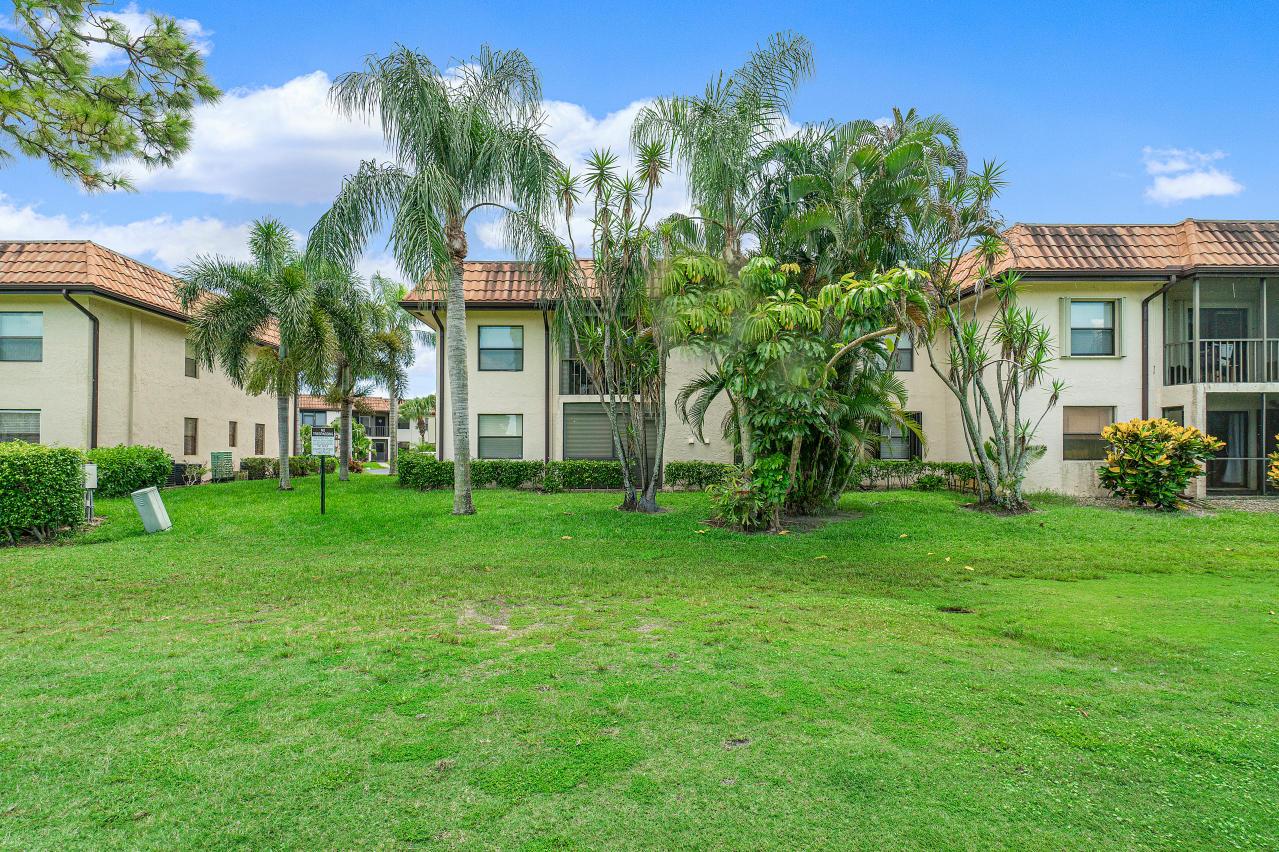 7185 Golf Colony Court 105 Lake Worth, FL 33467 photo 28