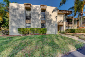 22039  Cocoa Palm Way 250 For Sale 10648342, FL