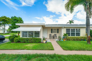 231  Pine Point Drive A For Sale 10647598, FL