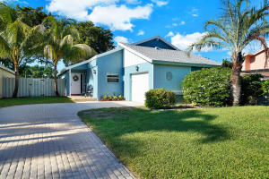 1910 NW 9th Street  For Sale 10647876, FL