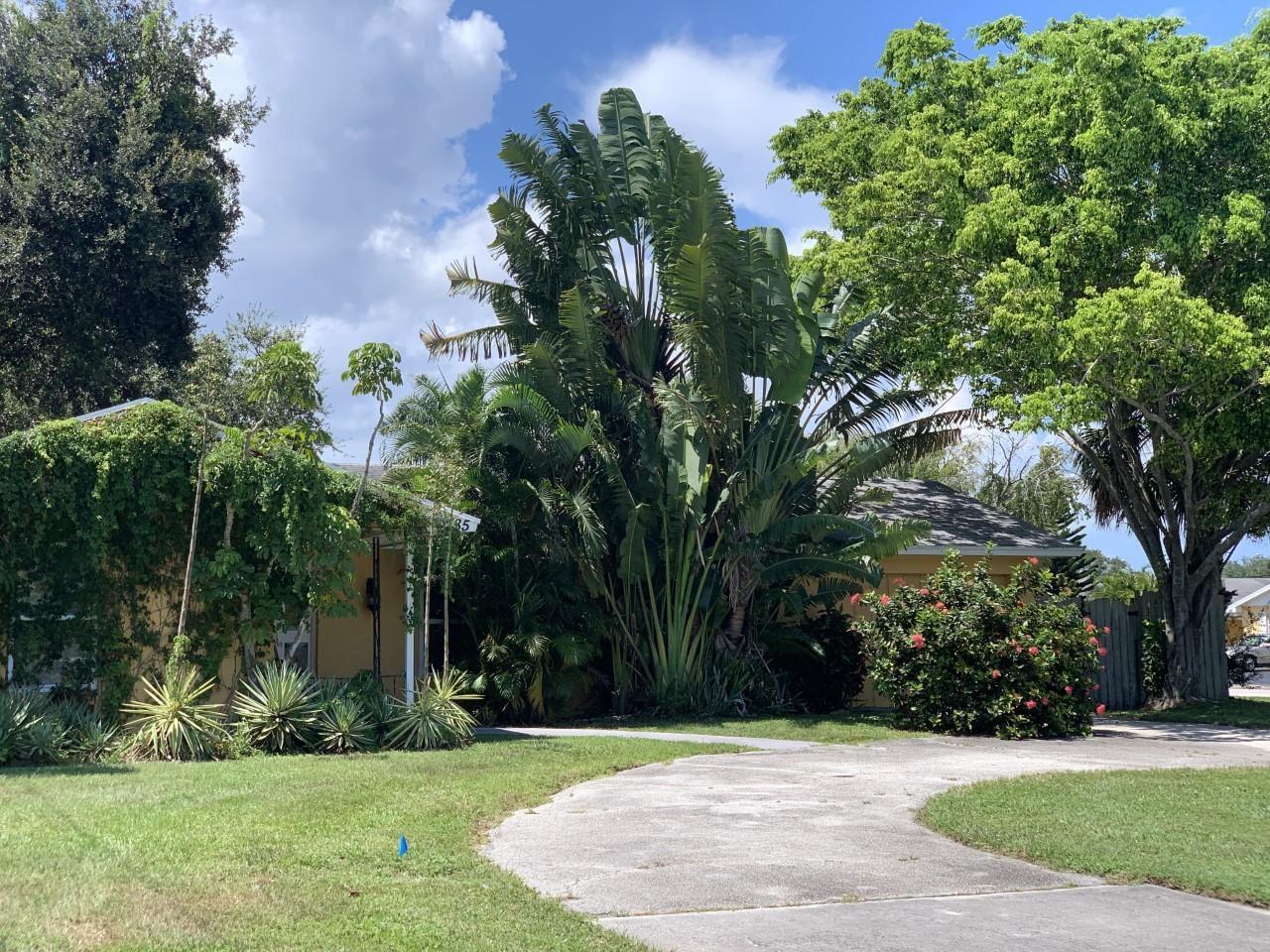385 Garden Boulevard Palm Beach Gardens, FL 33410