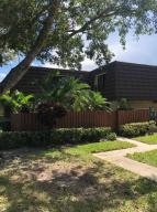 7306  73rd Way  For Sale 10648152, FL