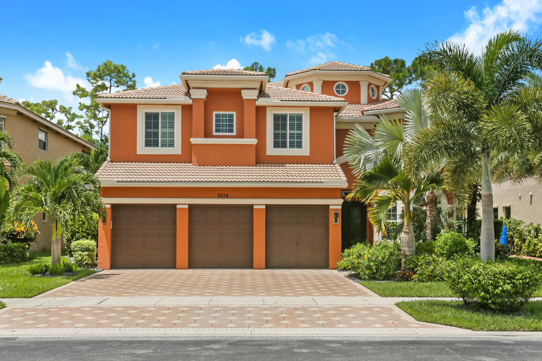 2238 Ridgewood Circle Royal Palm Beach, FL 33411 photo 3