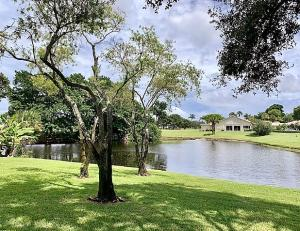 33  Glens Drive  For Sale 10647069, FL