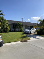 1200  Manor Drive  For Sale 10648318, FL