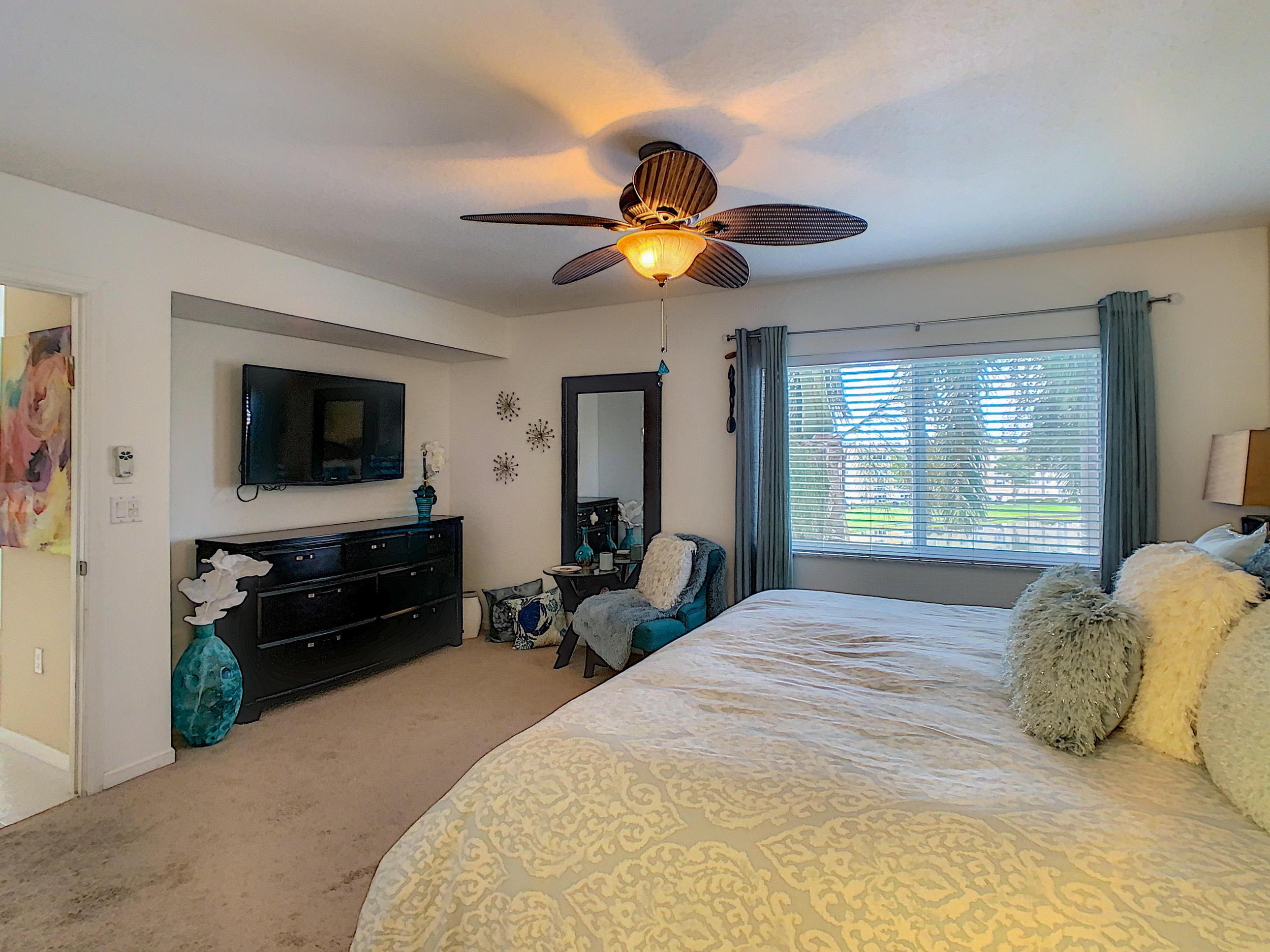 12547 Imperial Isle Drive 402 Boynton Beach, FL 33437 photo 9