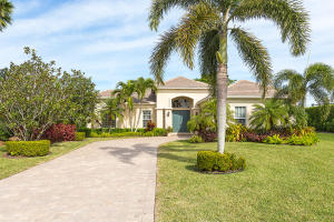 2084  Wightman Drive  For Sale 10648380, FL