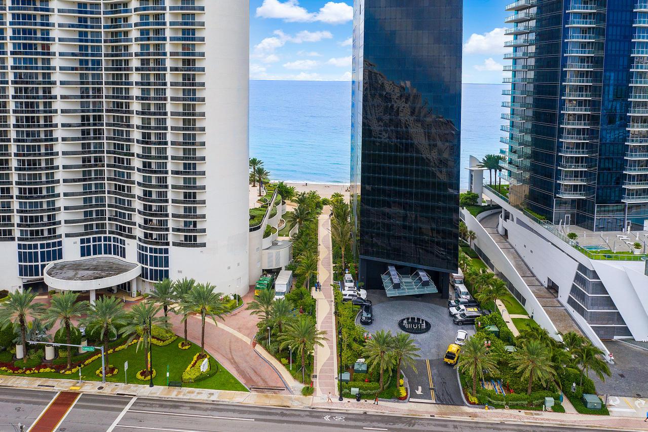 251 172nd Street 106 Sunny Isles Beach, FL 33160 photo 3