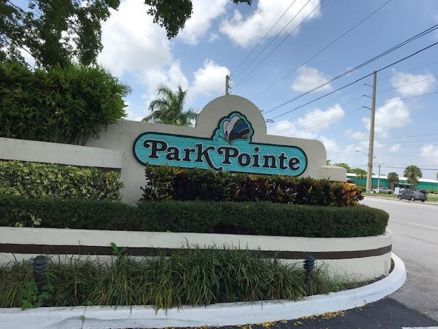 Home for sale in PARK POINTE/ LUCERNE PARK Greenacres Florida
