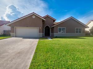 5828  Sun Pointe Circle  For Sale 10648534, FL