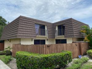 7725  77th Way  For Sale 10646565, FL