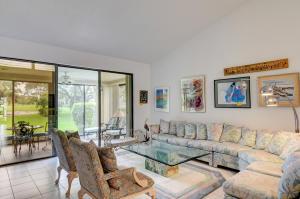 1  Villa Lane  For Sale 10648811, FL