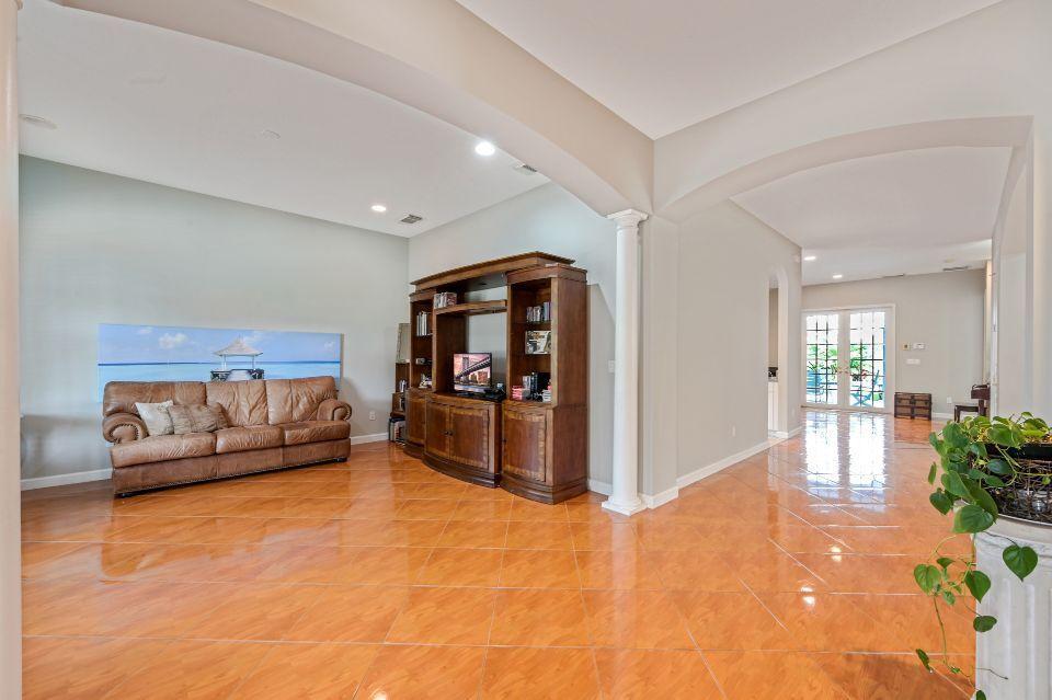 10551 SW West Park Avenue Port Saint Lucie, FL 34987 photo 6