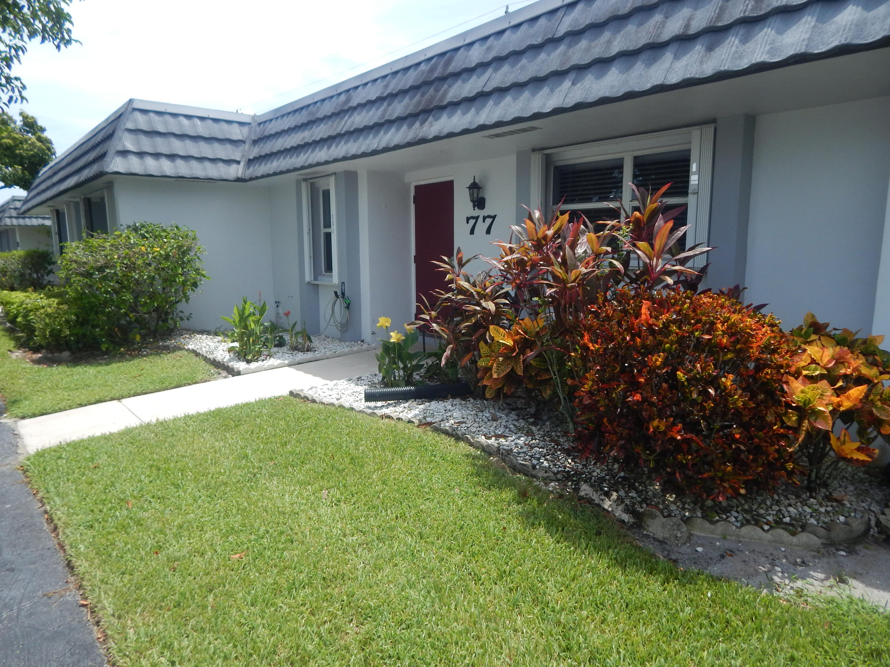 Home for sale in CRESTHAVEN CONDO TOWNHOMES SEC 1 West Palm Beach Florida