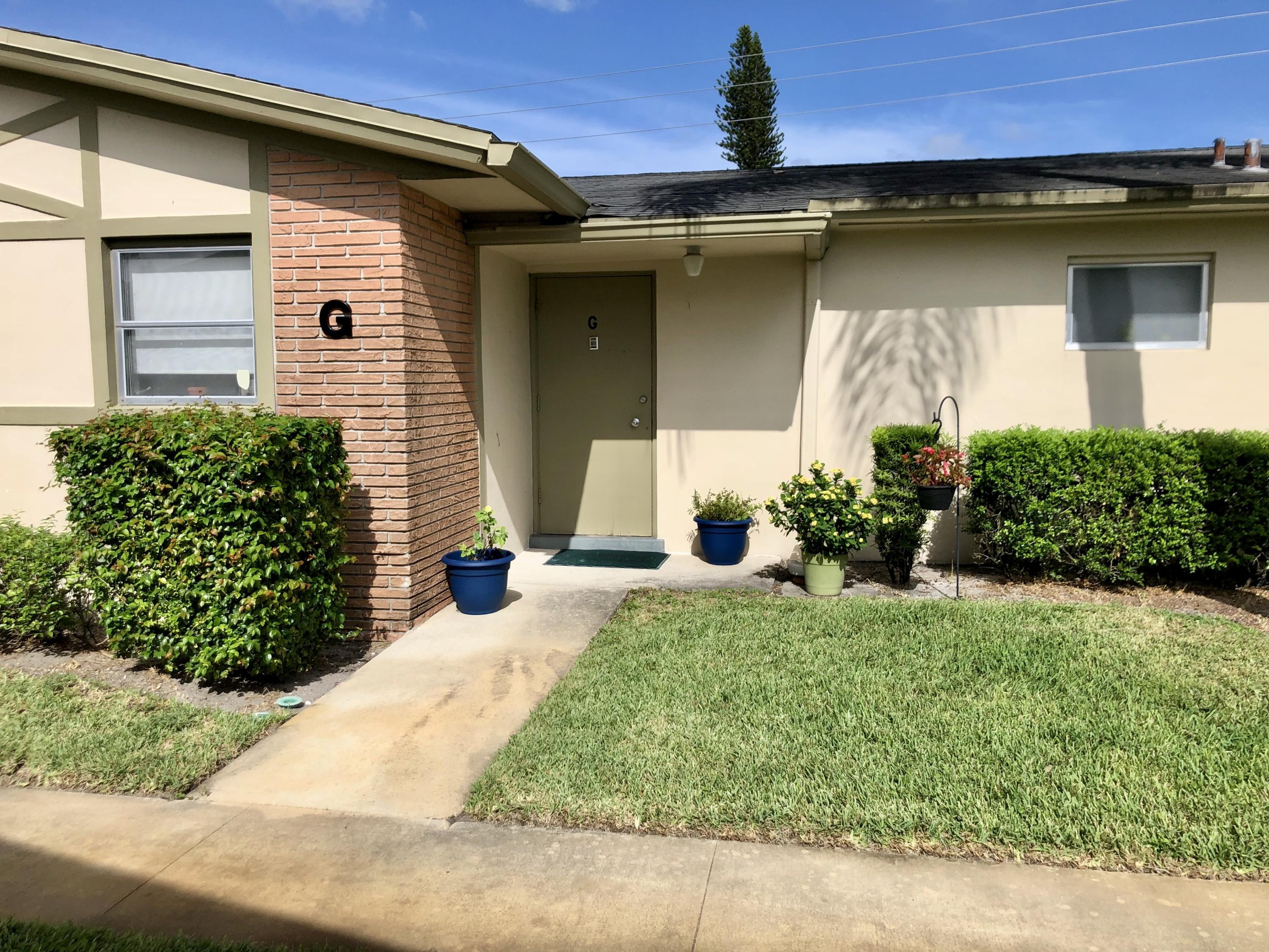 Home for sale in CRESTHAVEN VILLAS 9 CONDO West Palm Beach Florida