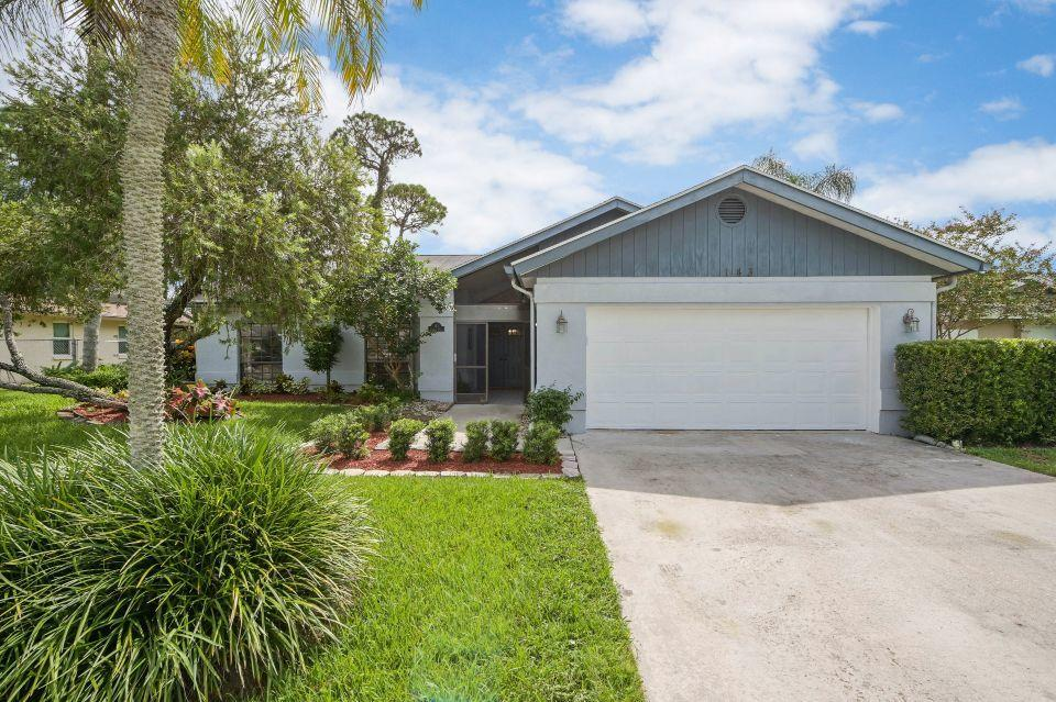 143 Parkwood Drive Royal Palm Beach, FL 33411