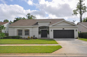 1052  Wild Cherry Lane  For Sale 10648909, FL