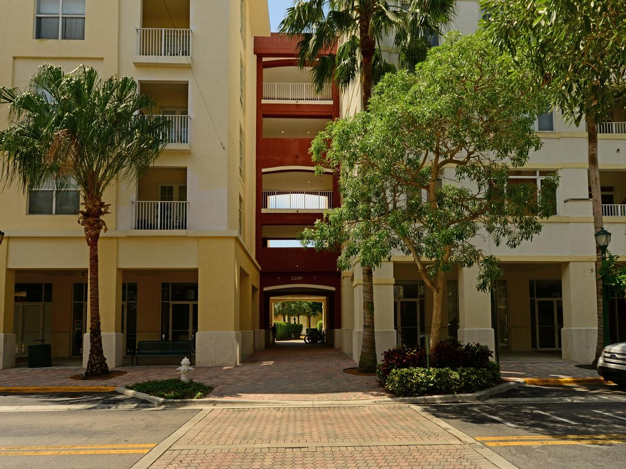 1200 Town Center Drive 216, Jupiter, Florida 33458, 2 Bedrooms Bedrooms, ,2 BathroomsBathrooms,F,Condominium,Town Center,RX-10649829