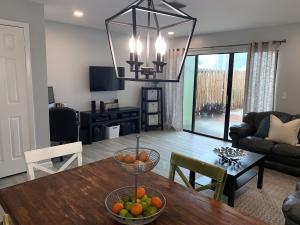 814  Hill Drive B For Sale 10649369, FL