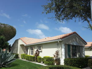 6191  Floral Lakes Drive  For Sale 10649283, FL
