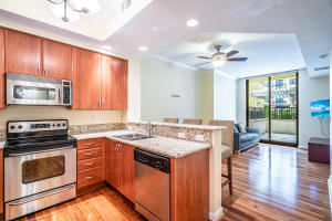 801 S Olive Avenue 724 For Sale 10649472, FL