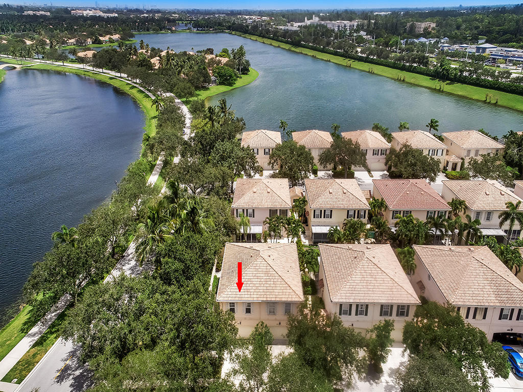 2128 Tarpon Lake Way West Palm Beach, FL 33411