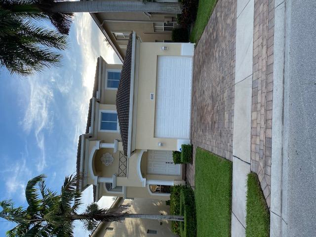 Home for sale in KNOLLWOOD PUD Boynton Beach Florida