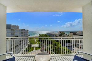 2780 S Ocean Boulevard 812 For Sale 10649845, FL