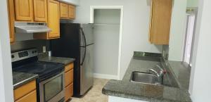 815 W Boynton Beach Boulevard 16-103 For Sale 10649982, FL